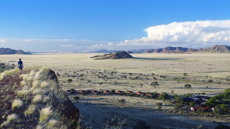 Blick auf die Namib Desert Lodge © Diamir
