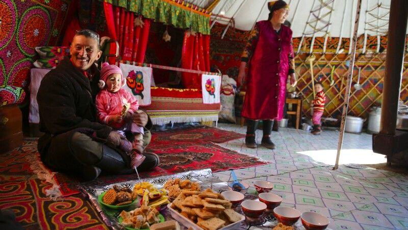 Zu Gast in einer mongolischen Jurte © Diamir