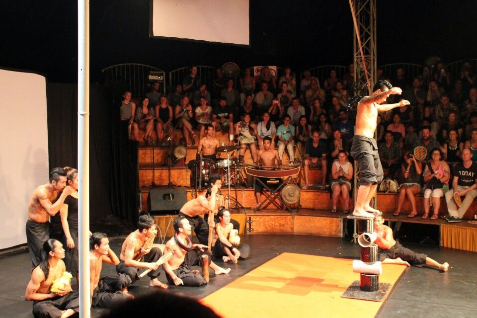 zu Gast im Zirkus Phare in Siem Reap