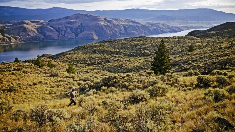 Der Kamloops Lake in der Region Lac Du Bois Grasslands © Diamir