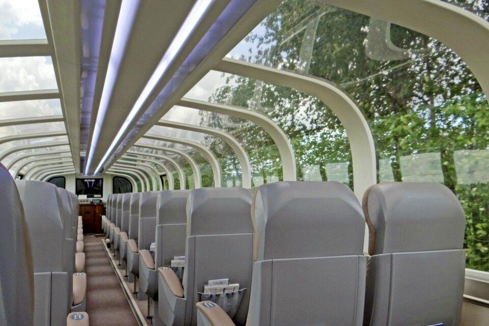 Riesige Panoramafenster in den Wagons der GoldenLeaf-Klasse