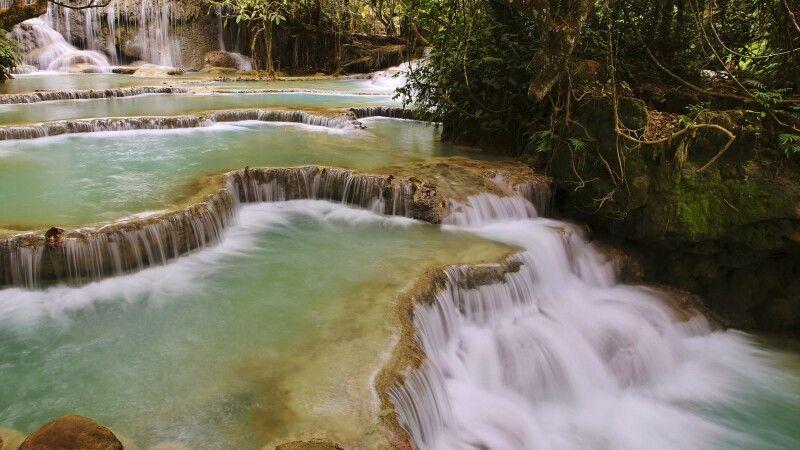 Beeindruckende Kuang-Si-Wasserfälle bei Luang Prabang © Diamir