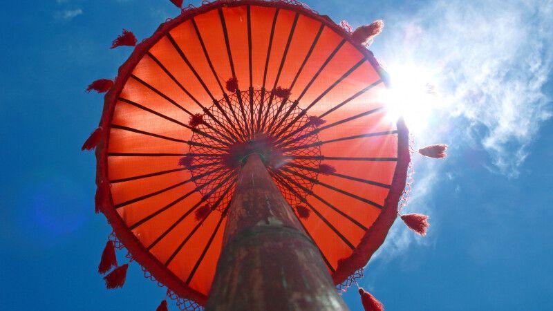 Asiatischer Tempelschirm © Diamir