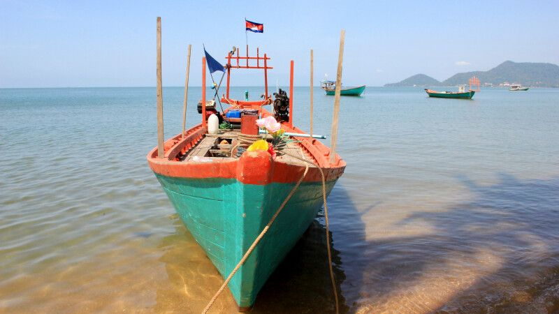 Boot an der Küste Kambodschas © Diamir