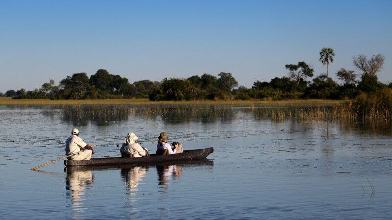 Unterwegs im Mokoro im Okavango Delta © Diamir