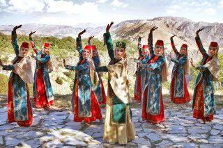 Tanz beim Arpeni-Taraz-Fest