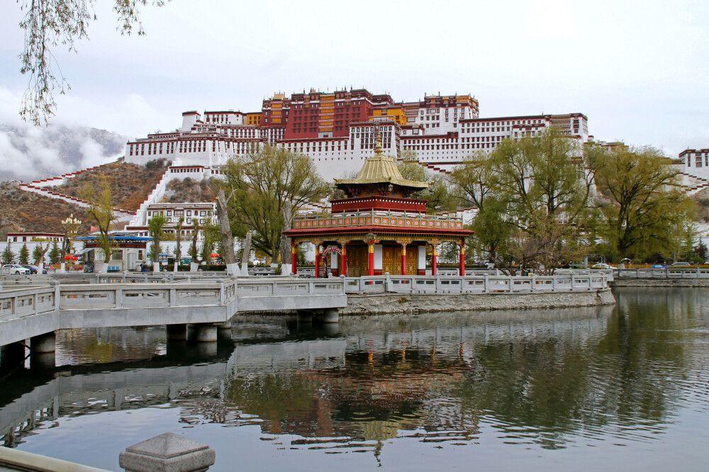Der Potala, das Wahrzeichen von Lhasa