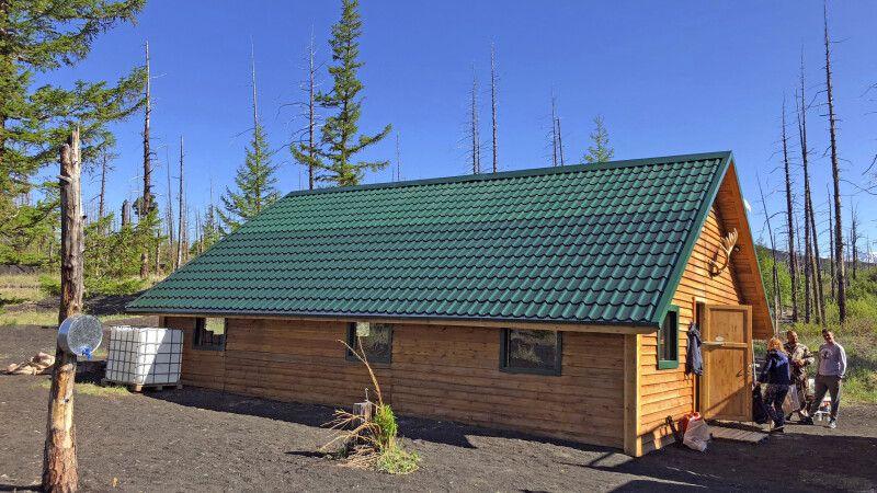 Hütte am Tolbatschik im Toten Wald © Diamir