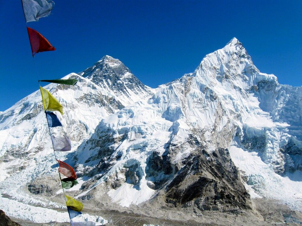 Ausblick vom Kala Pattar auf das Trio Nuptse, Everest und Lhotse