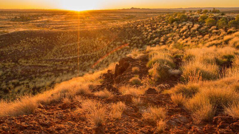 Sonnenuntergang im Outback nahe Port Hedland © Diamir