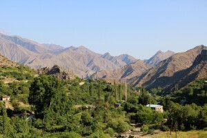 Meghri im Süden Armeniens