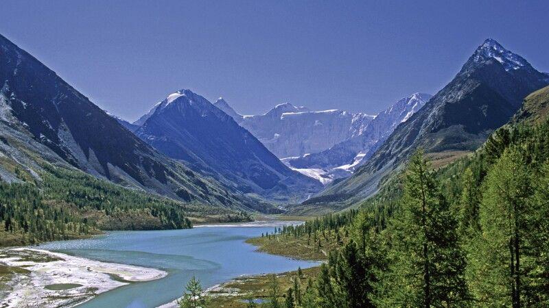 Altai Panorama mit Belucha © Diamir