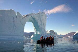 Zodiactour bei den Eisbergen im Scoresbysund