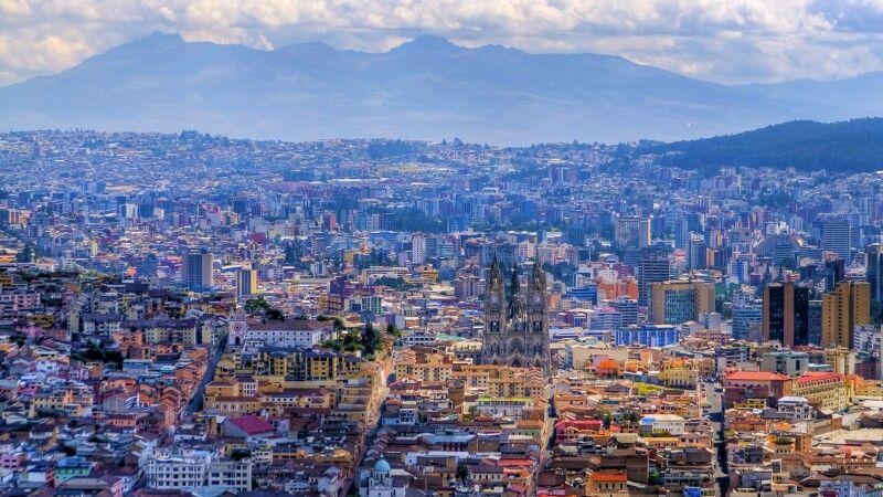 Blick auf Quito © Diamir