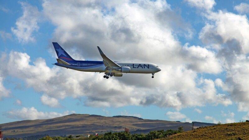 Flugzeug der LAN © Diamir